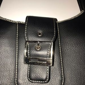 Guess Bags - Black hobo style bag by Guess